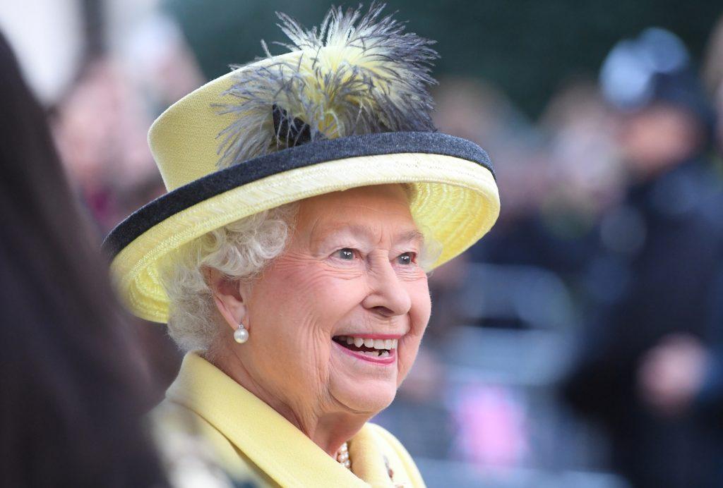 queenelizabeth-e1486393360277